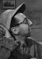 Actor Arnold Stang