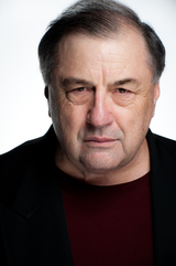 Actor Vernon Reeves