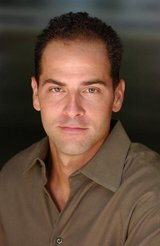 Actor Mike Sode