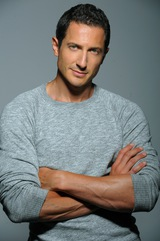 Actor Sasha Roiz