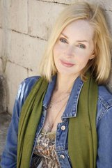 Actor Donna Guidry