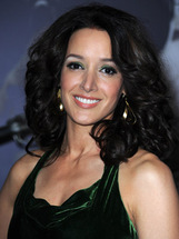 Actor Jennifer Beals