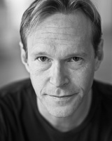 Actor Steven Mackintosh